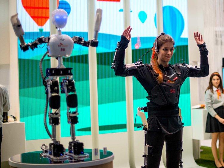 robot hostess e promoter